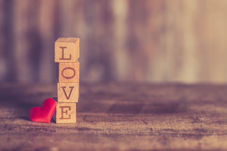 cinta hari valentine